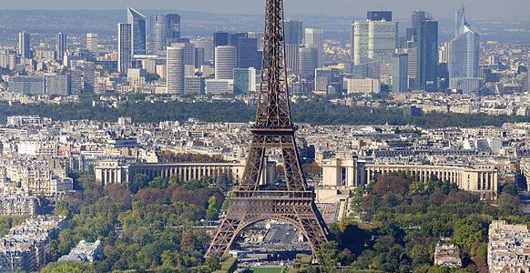 10 Tourist Attractions in Paris Not To Miss