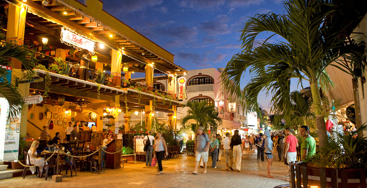 The guide to travel to the Mayan Riviera.