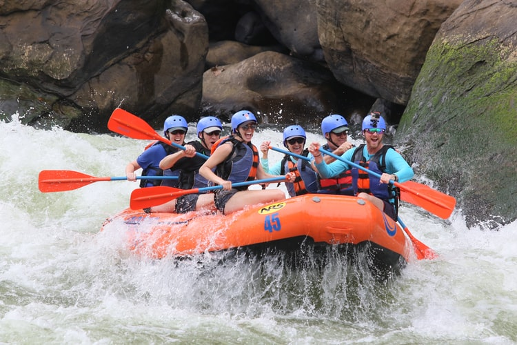 Best Places to White Water Raft in Colorado